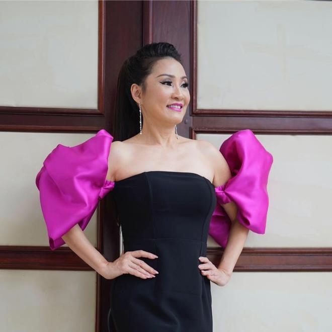 Nhan sac thoi tre cua Hong Dao hinh anh 6 71939503_2621814927840491_3360290878047387648_n.jpg
