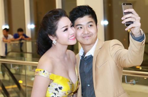 Chong cu Nhat Kim Anh: 'Con trai muon song voi toi va ong ba' hinh anh 1 nha_t_kim_anh_8_3312_1559446746.jpg