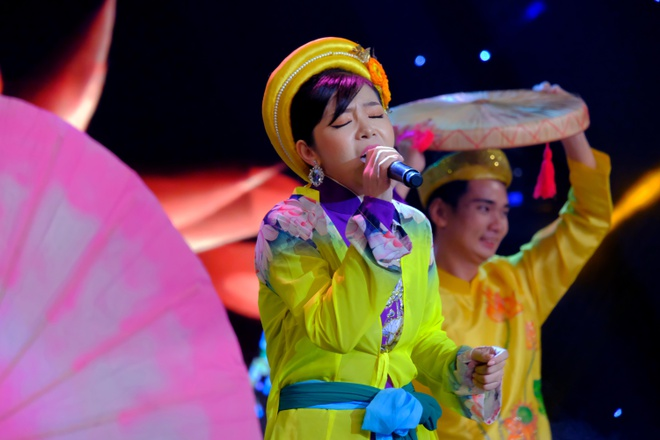 Phi Nhung nhac nho thi sinh vi mac ao dai khong tinh te hinh anh 1 Gia_Linh_4_.JPG