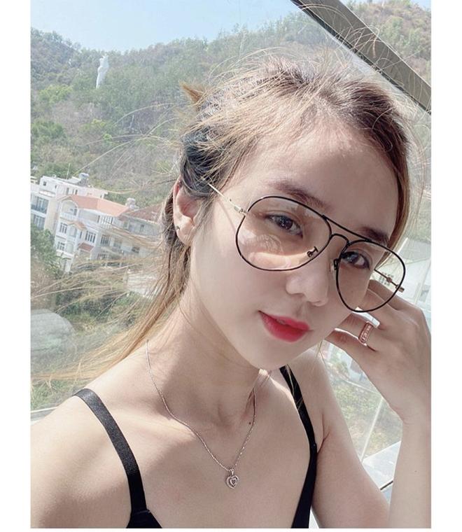 Cuoc song cua Hoai Lam va vo anh 5