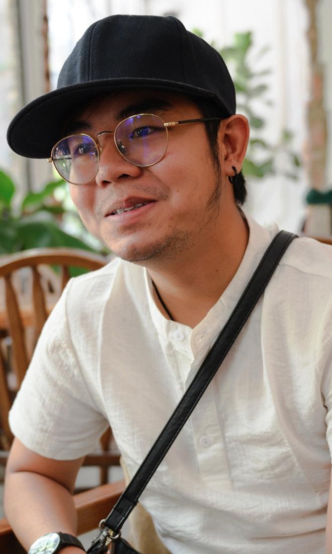 Bé Châu ở tuổi 23: 'Tôi làm nhân viên quán bar để mưu sinh'