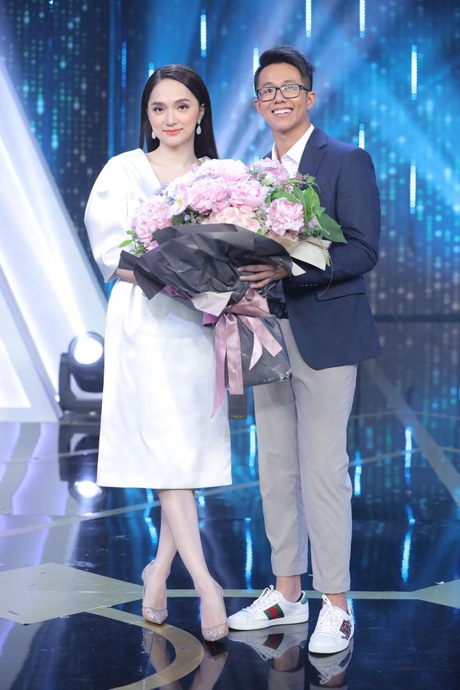 Huong Giang chon CEO nguoi Singapore anh 3