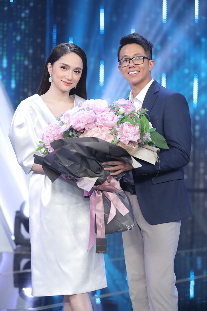 Huong Giang chon CEO nguoi Singapore anh 4
