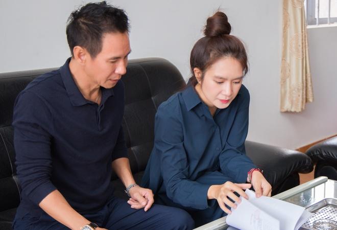 Ly Hai ung ho dong bao mien Trung anh 1