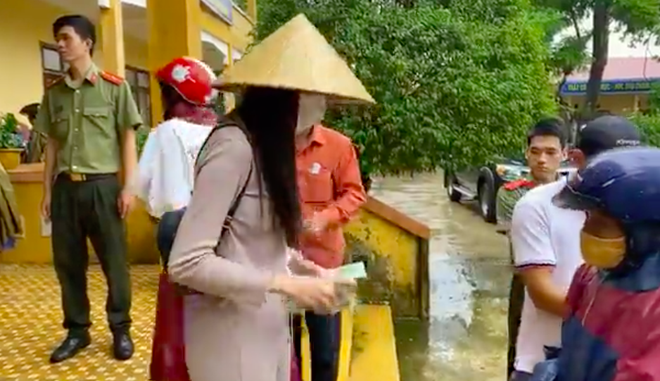 Thuy Tien ngung phat tien anh 2