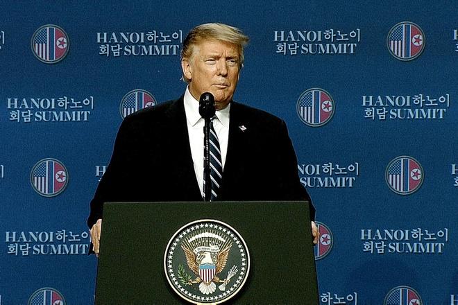 Tổng thống Trump: Họ muốn gỡ cấm vận hoàn toàn mà Mỹ không thể làm