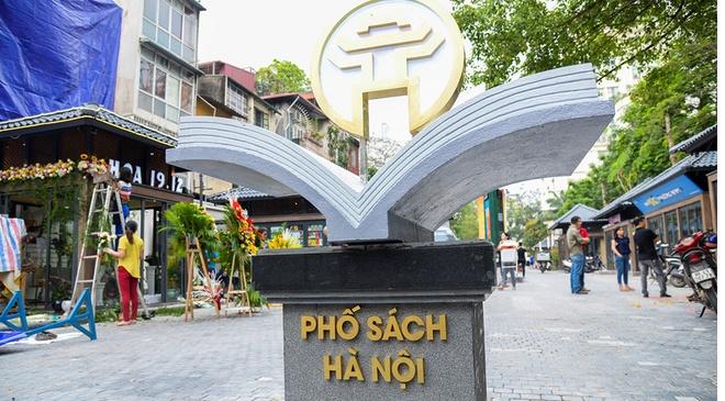 Phuong an 'giai cuu' pho sach duoc gui chu tich TP Ha Noi hinh anh