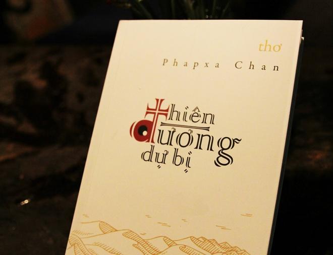 Doc tho Phapxa Chan: 'It nhat cung khien long ta bot tui' hinh anh