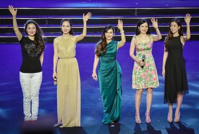 Nguyen Thi Huyen se hat hit cua Adele trong Gala 30 nam Hoa hau VN hinh anh 2