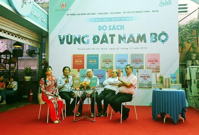 Bo sach do so co moi dieu ban muon biet ve Nam Bo hinh anh 2