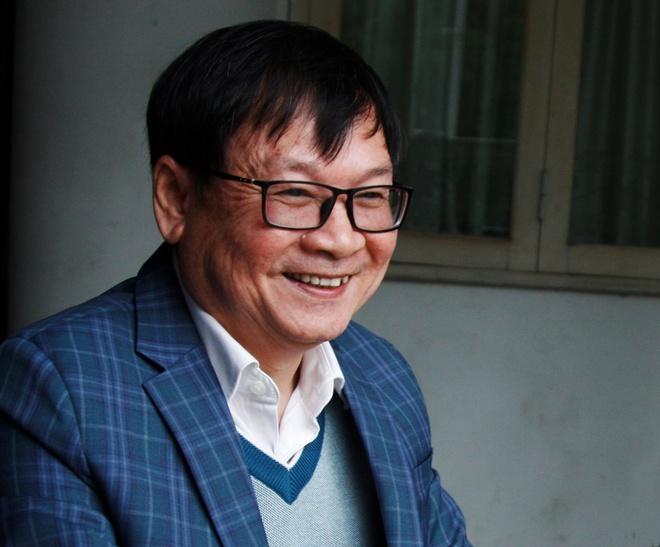 Nguyen Nhat Anh: 'Doc gia doi mua doi xin chu ky, toi rat xuc dong' hinh anh
