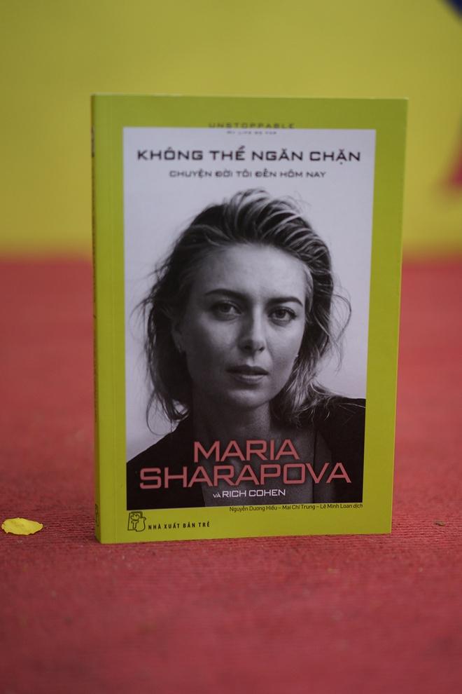 'Bup be Nga' Maria Sharapova bat dau voi cay vot qua kho nhu the nao? hinh anh 1