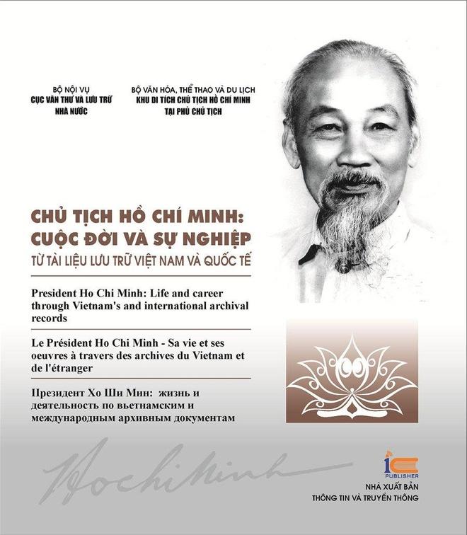 Ra mat sach ve Chu tich Ho Chi Minh bang 4 thu tieng hinh anh 1