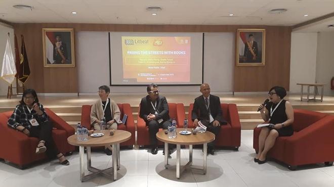 TS Nguyễn Mạnh Hùng là diễn giả tại festival văn hóa đọc Indonesia