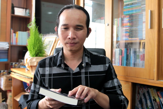 Nhung chuyen tinh cam dong cua phu nu khiem thi hinh anh 2 nham_mat_nhin_sao_7_Ha_Chuong.JPG