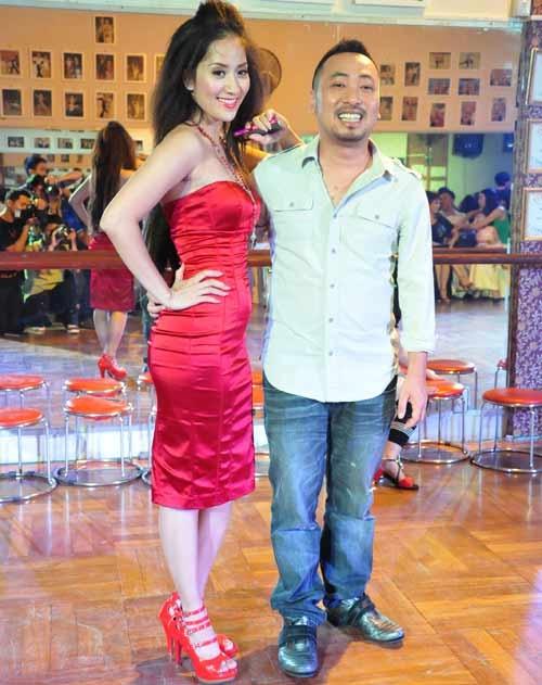 My nhan Viet trac tro duong tinh duyen hinh anh 4