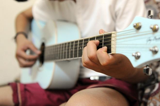 Cuoc song o tro tai Ha Noi cua Quang Anh The Voice Kids hinh anh 2