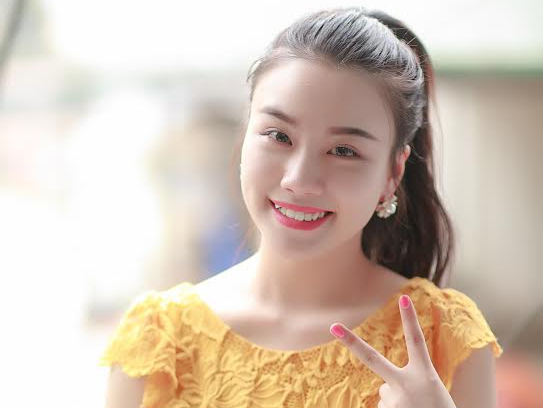 Hot girl Linh Miu dong phim hai Tet voi Quang Teo hinh anh