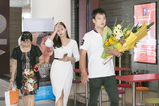 La Thanh Huyen lan dau gioi thieu bo me chong hinh anh 5