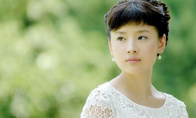 Duong tinh lan dan cua my nhan trong phim Truong Nghe Muu hinh anh 7