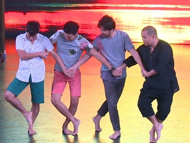 Xuan Bac, Minh Khang chat vat hoc mua ballet hinh anh