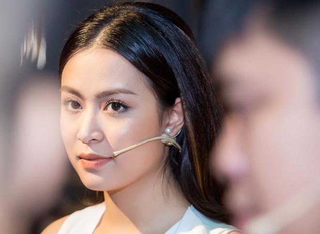 Hoang Thuy Linh ra tu truyen: 'Toi no Vang Anh mot loi xin loi' hinh anh