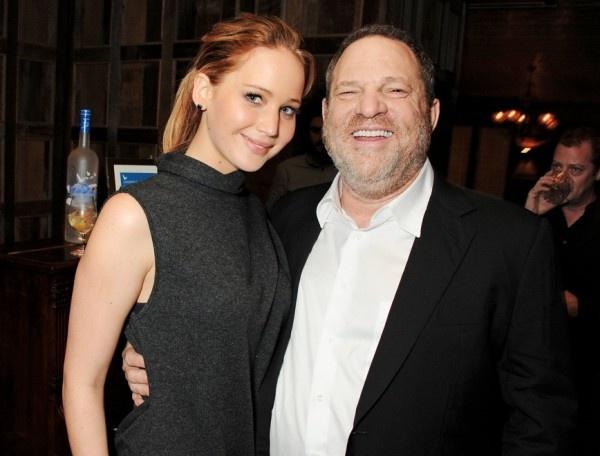 Ong trum Hollywood bi sa thai vi cao buoc lam dung tinh duc hinh anh