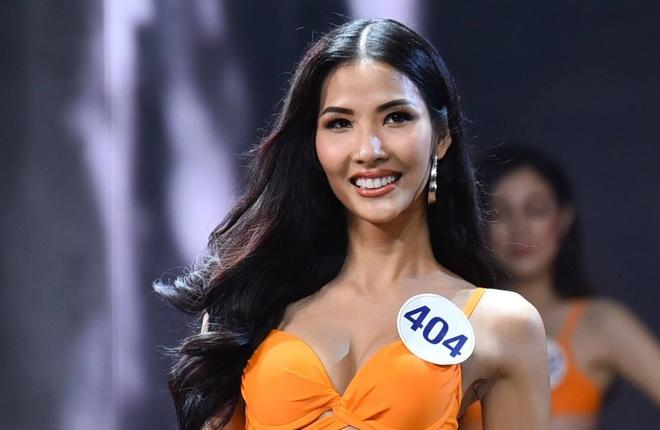 BTC Hoa hau Hoan vu: 'Ban ket dien ra sau bao nen khong anh huong' hinh anh