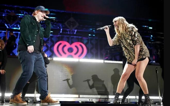 Taylor Swift hat voi Ed Sheeran tai dem nhac dau tien sau khi tro lai hinh anh