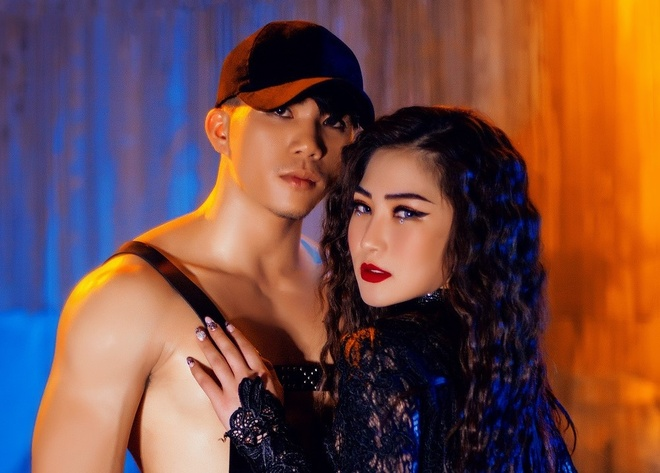 Huong Tram lot xac ve hinh anh trong MV 'I Want You Now' hinh anh