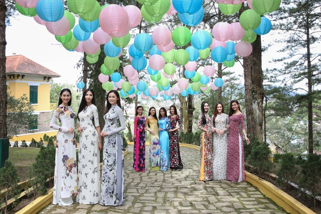 Top 45 Hoa hau Hoan vu Viet Nam dien ao dai giua doi thong Da Lat hinh anh 4