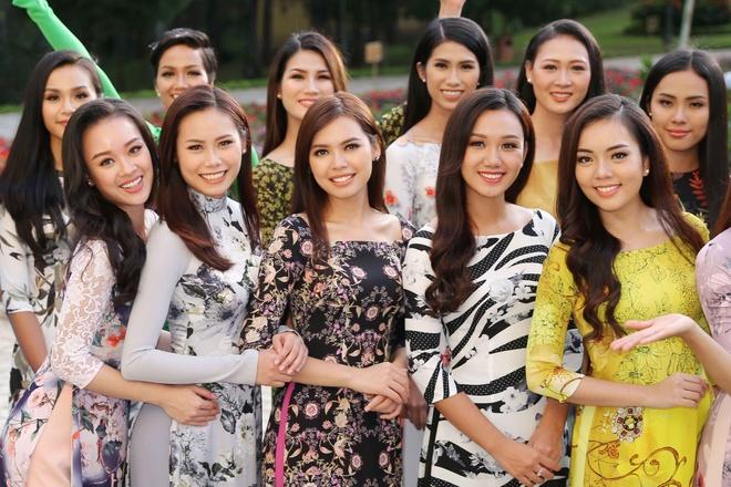 Top 45 Hoa hau Hoan vu Viet Nam dien ao dai giua doi thong Da Lat hinh anh 18