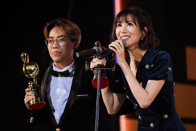 Min va Soobin Hoang Son thang lon o Zing Music Awards 2017 hinh anh