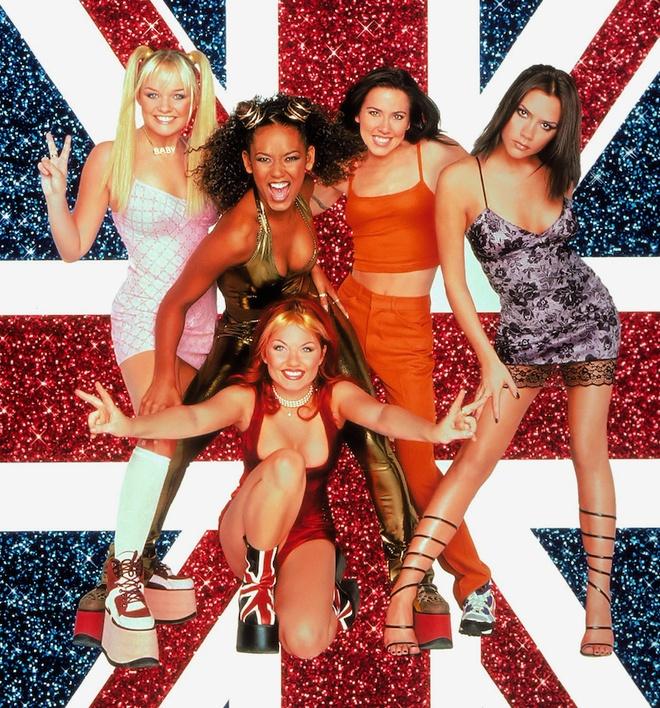 Victoria Beckham: 'Spice Girls luon la mot thuong hieu manh me' hinh anh 2