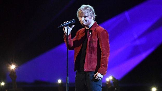 Sau Grammy, Ed Sheeran tiep tuc bi 'ruong ray' tai giai Brit Awards hinh anh 1