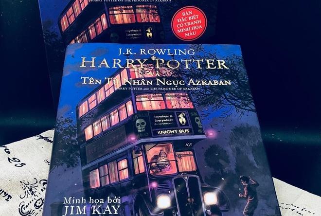 Sach ve Facebook, 'Harry Potter' ban mau do bo Thang 3 sach Tre hinh anh