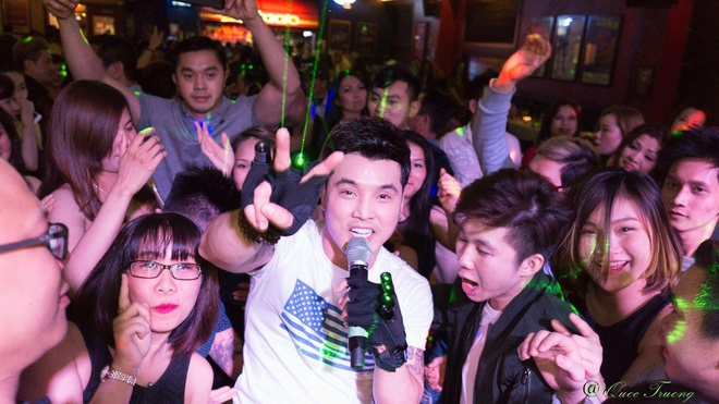 Quang Huy trai long truoc show Ung Hoang Phuc: Ca thoi trai tre ua ve hinh anh 3