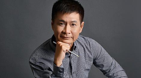 Le Hoang noi ve Dung Khung: 'Lo do nhu ke cuop' hinh anh