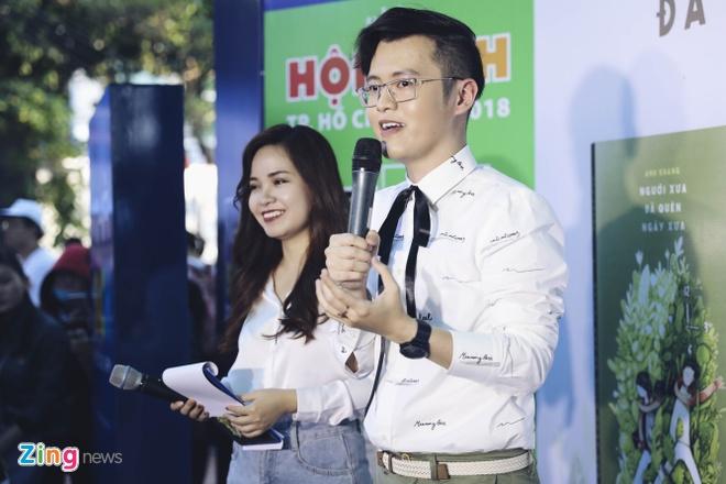Jun Pham, S.T (365) mung tac gia ban chay Anh Khang ra sach moi hinh anh 2