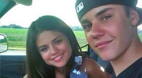 Tinh tay ba tro treu cua Justin Bieber, Selena Gomez va Hailey Baldwin hinh anh