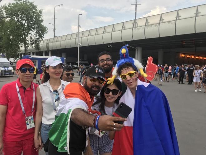 A hau Thanh Tu sang Nga xem chung ket World Cup ngay sat gio da hinh anh 2