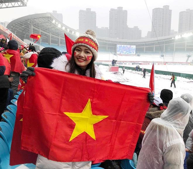 A hau Thanh Tu sang Nga xem chung ket World Cup ngay sat gio da hinh anh 7