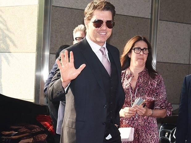 Tom Cruise gap su co quen keo khoa quan o le ra mat phim hinh anh