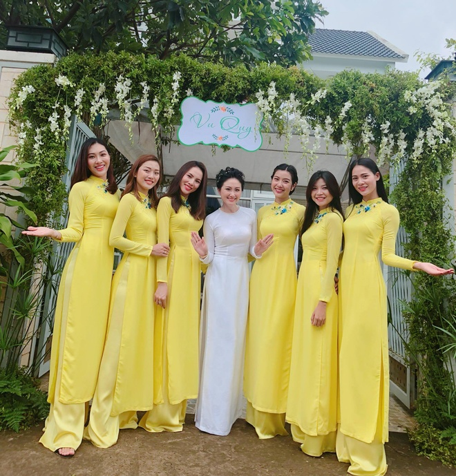 Dan Hoa khoi, A hau bung trap trong le hoi nguoi dep Thanh Nhan hinh anh 1
