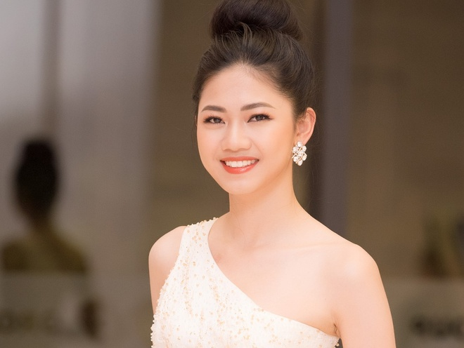 A hau Thanh Tu khong thi Hoa hau Quoc te de tap trung lam o VTV, VOV hinh anh