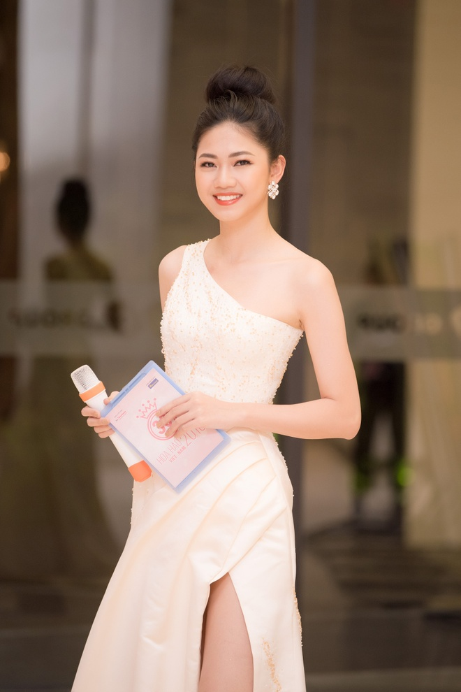 A hau Thanh Tu khong thi Hoa hau Quoc te de tap trung lam o VTV, VOV hinh anh 1
