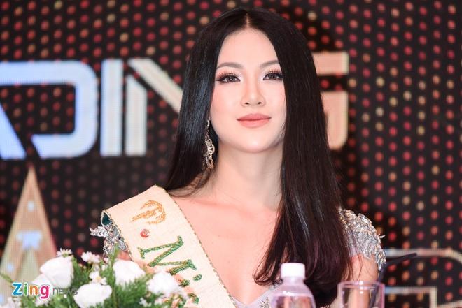 Hoa hau Phuong Khanh khoe nhan sac, khong phu nhan tin don dao keo hinh anh 10