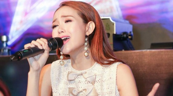 Minh Hang duoc de cu du MTV EMA: Khan gia che bai, phan doi kich liet hinh anh