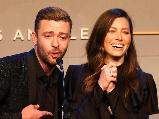Justin Timberlake ke lan dau gap vo: 'Chi minh co ay cuoi khi toi dua' hinh anh