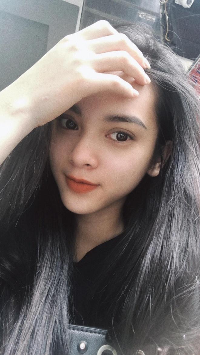 Nhan sac quyen ru cua co gai dong canh nong trong MV 'Mau nuoc mat' hinh anh 9